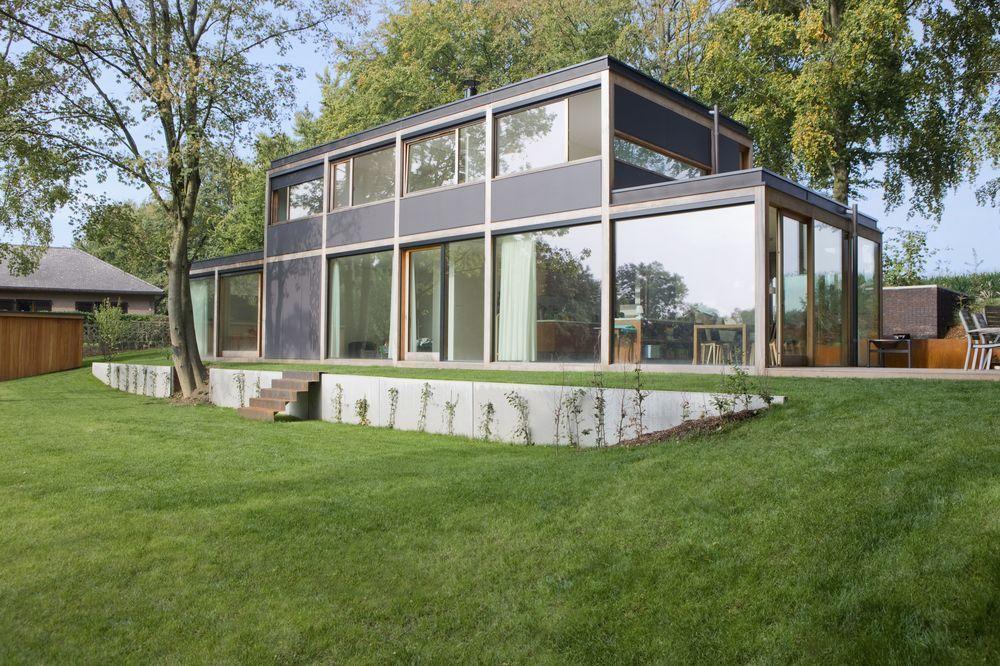 En images : un cube en verre avec une vue magnifique sur la vallée ...