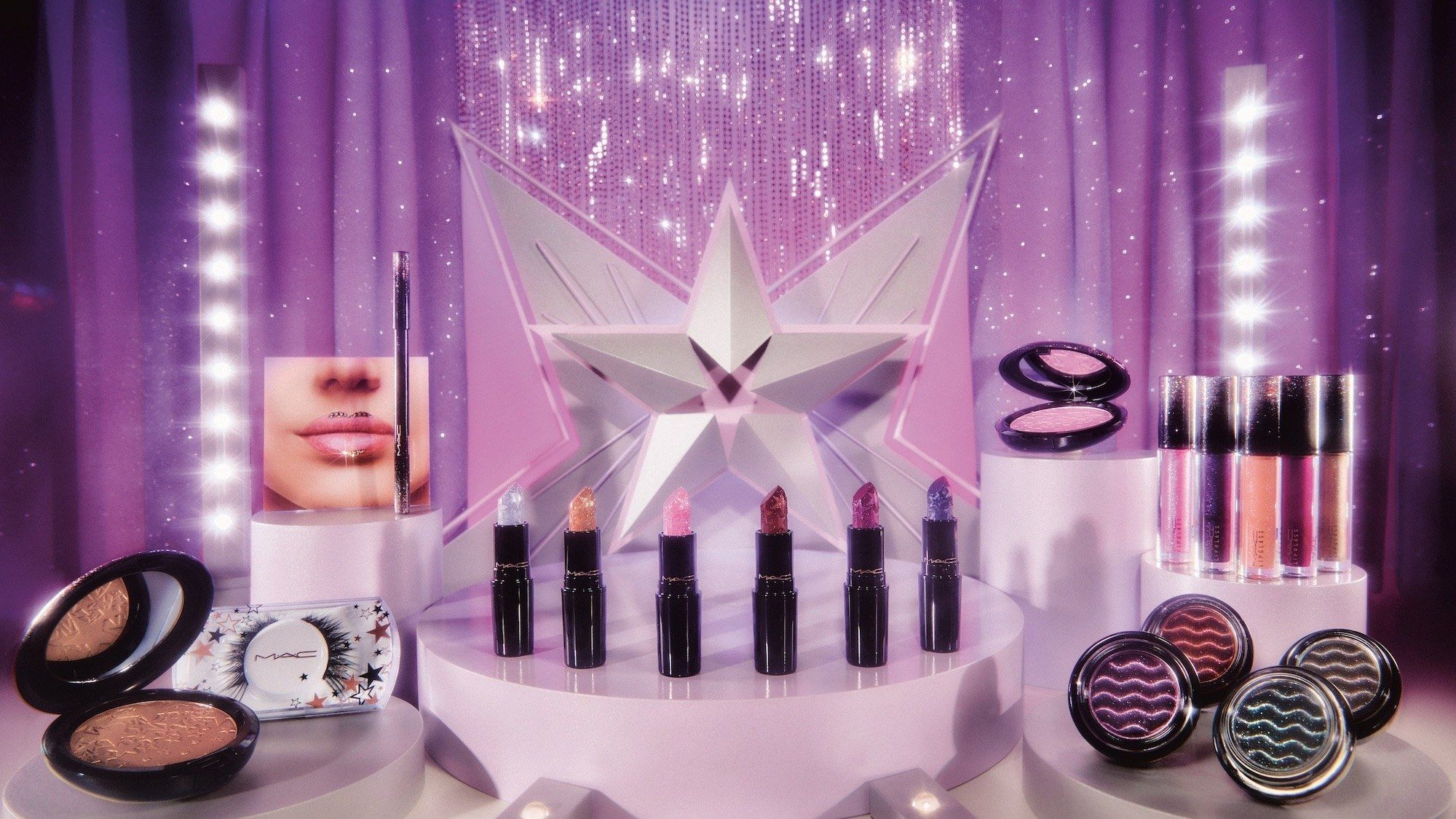 Mac Christmas Collection 2020 MAC's Holiday Collection Is Perfect for the Leo in Your Life in