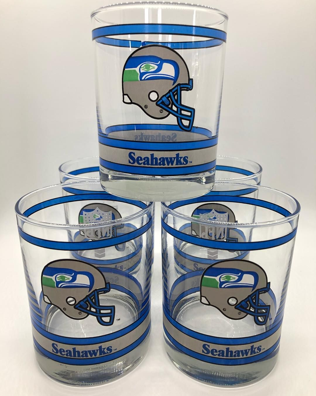 SOLD!*** Step up your game day style with this set of five