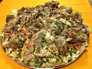 المنسف الأردني المنسف الاردني أهم وأشهر طبق شعبي اردني مكونات المنسف الاردني نصف كيلو غرام جم Italian Recipes Food Lunch