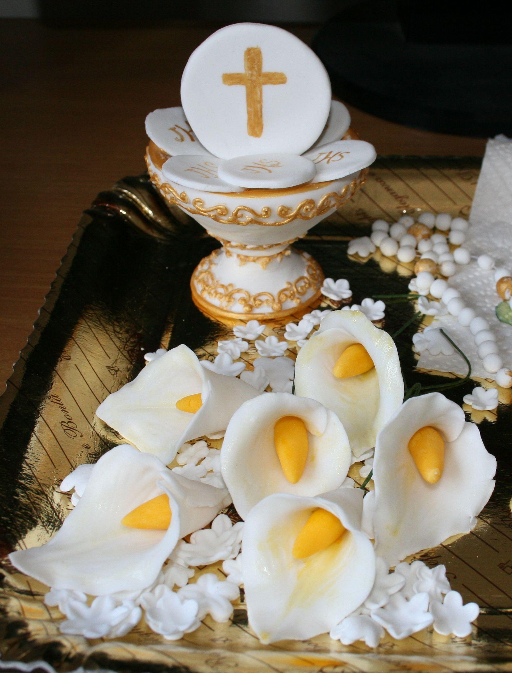 Decori per comunione tutto in pasta di zucchero i decori for Pasta di zucchero decorazioni