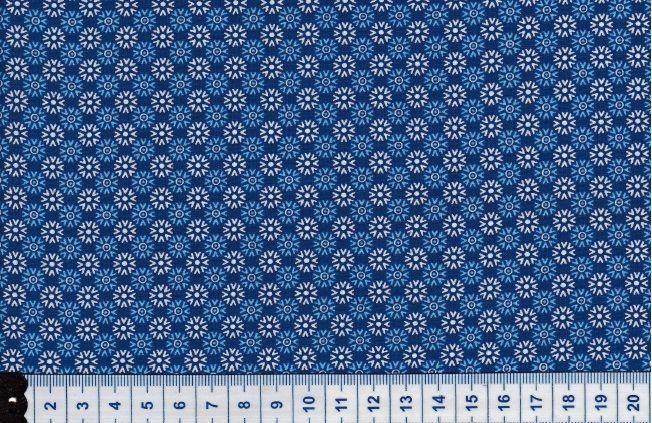 Blauer Baumwollstoff- weiße Punkte/Blümchen von miss minty auf DaWanda.com