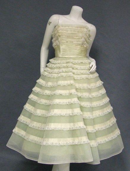 Vintage kleding, bijouterie, mode-accessoires VINTAGEOUS.COM
