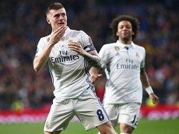 Kroos Premierentor Bringt Real Auf Kurs Toni Kroos Real Madrid Ssc Neapel