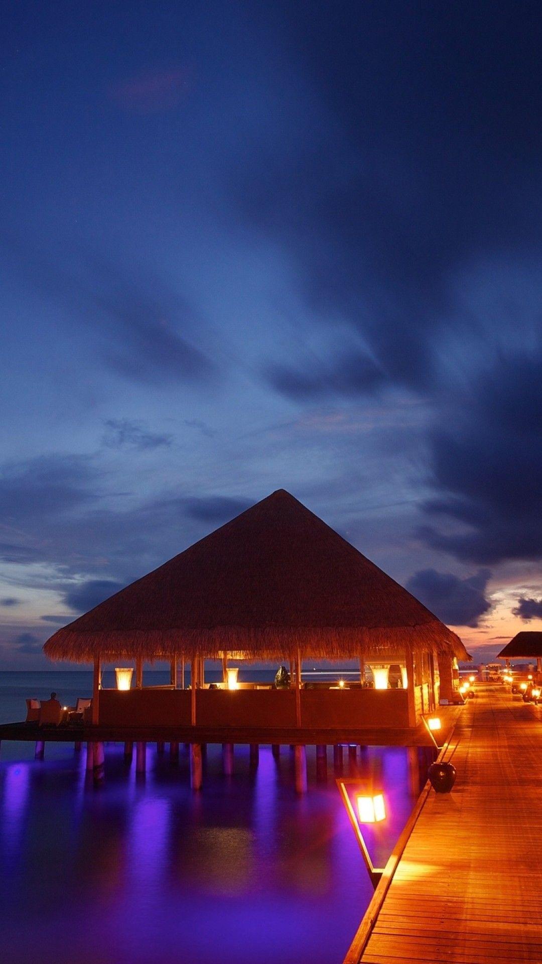 モルディブの夜 Iphone Xの壁紙がダウンロードし放題 モルディブ 水上コテージ リゾート 海外