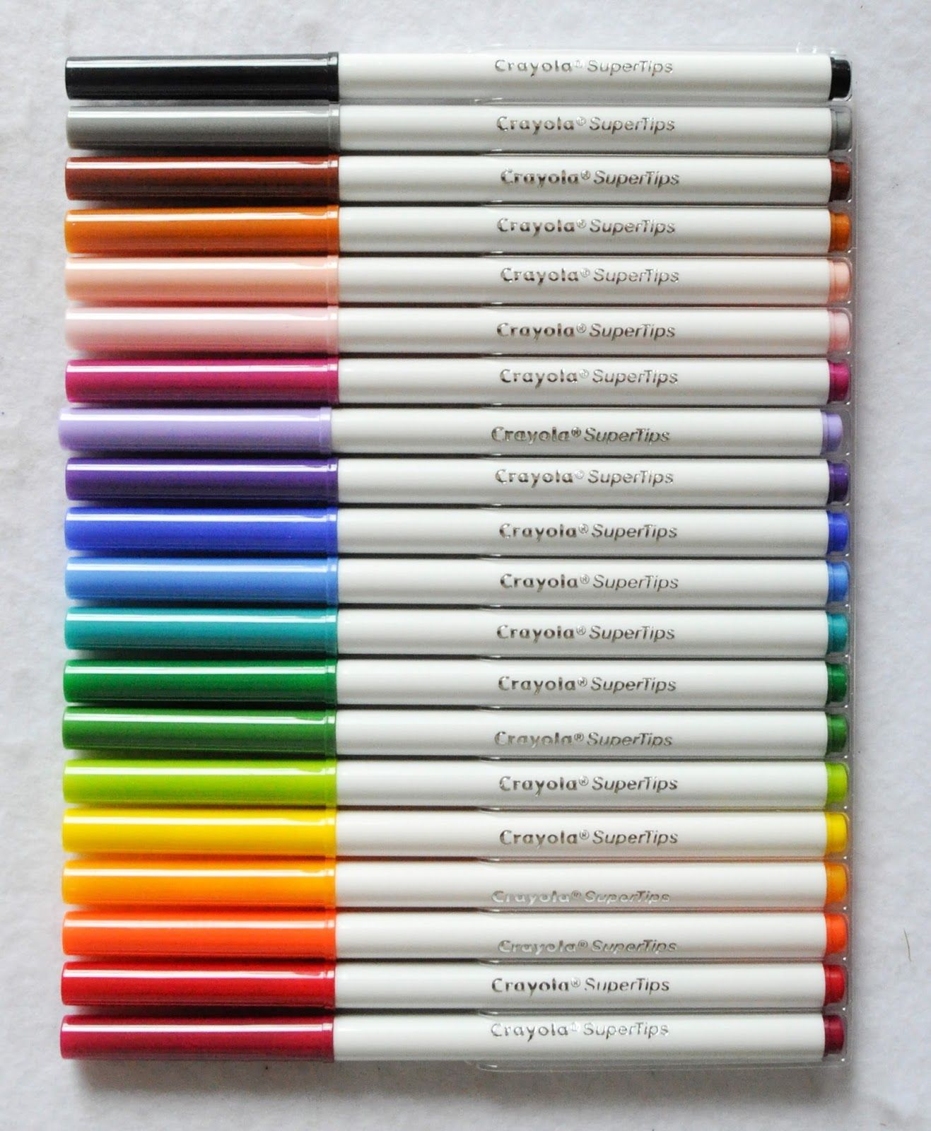Crayola Super Tips Markers What S Inside The Box