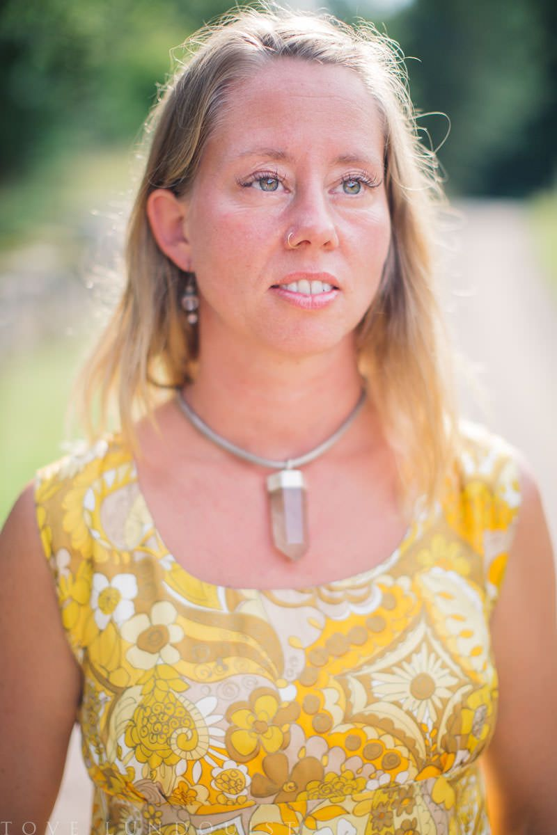 Prästinnan Johanna Stjerndahl är vigselförrättare i Höörs kommun ...