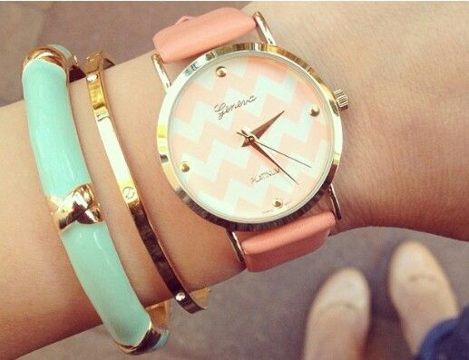 Coral and gold watch #accessories