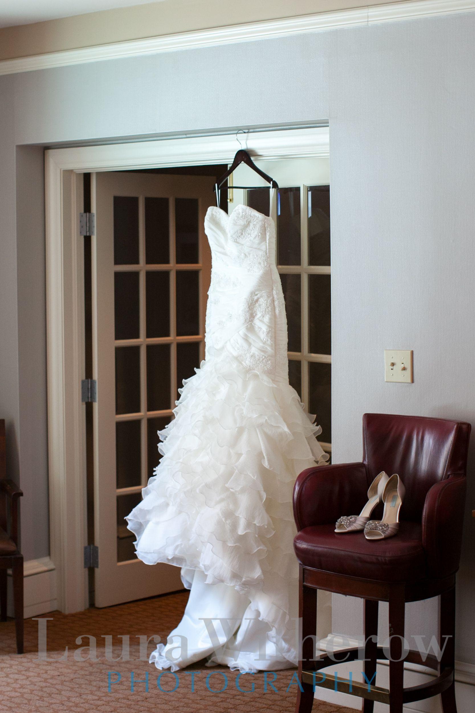 Columbus Ohio brides dress. Ohio