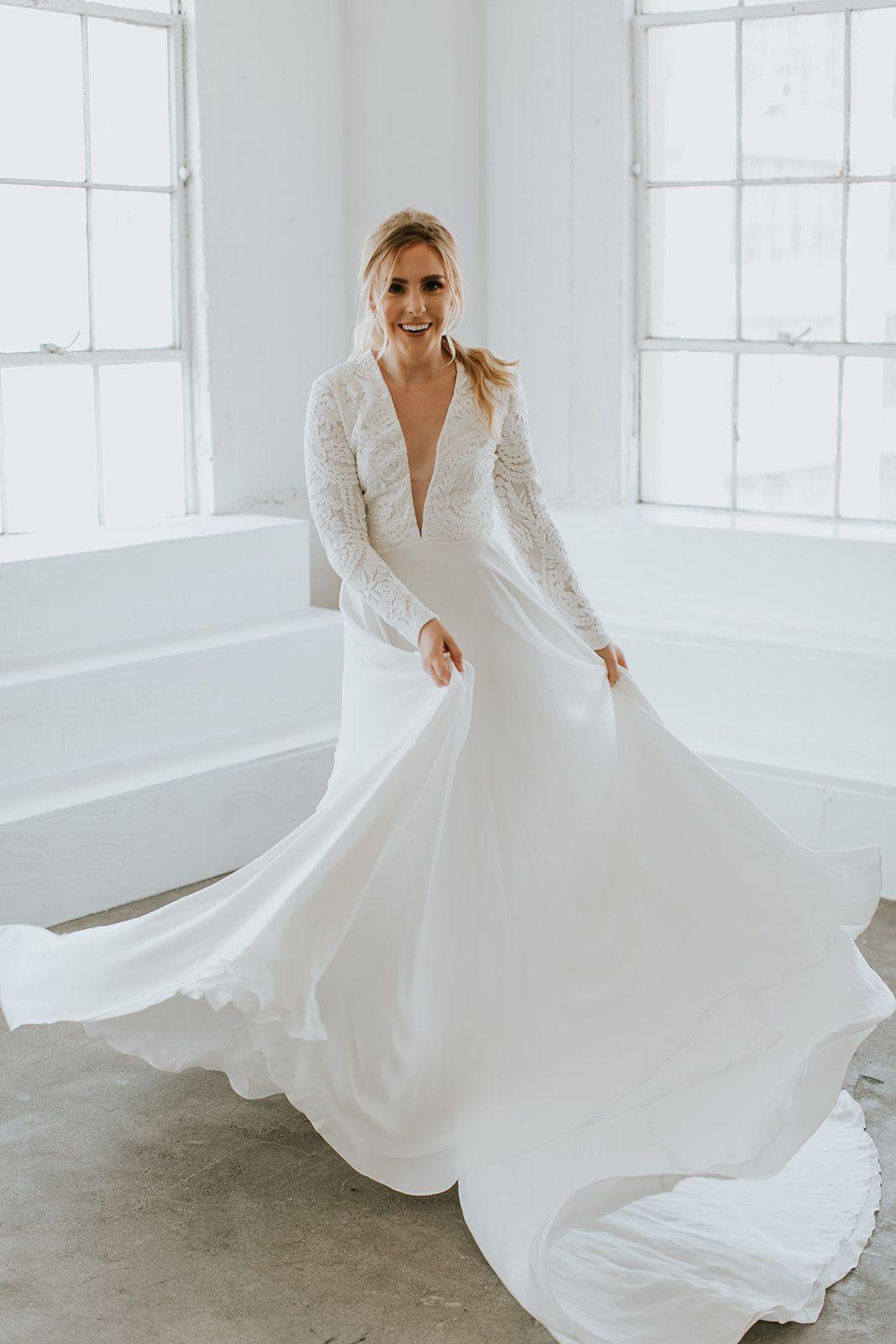 Long Sleeve Wedding Dress Kirsten Paige Bridal Wedding Dress Long Sleeve Designer Wedding Dresses Wedding Dresses [ 1600 x 1067 Pixel ]