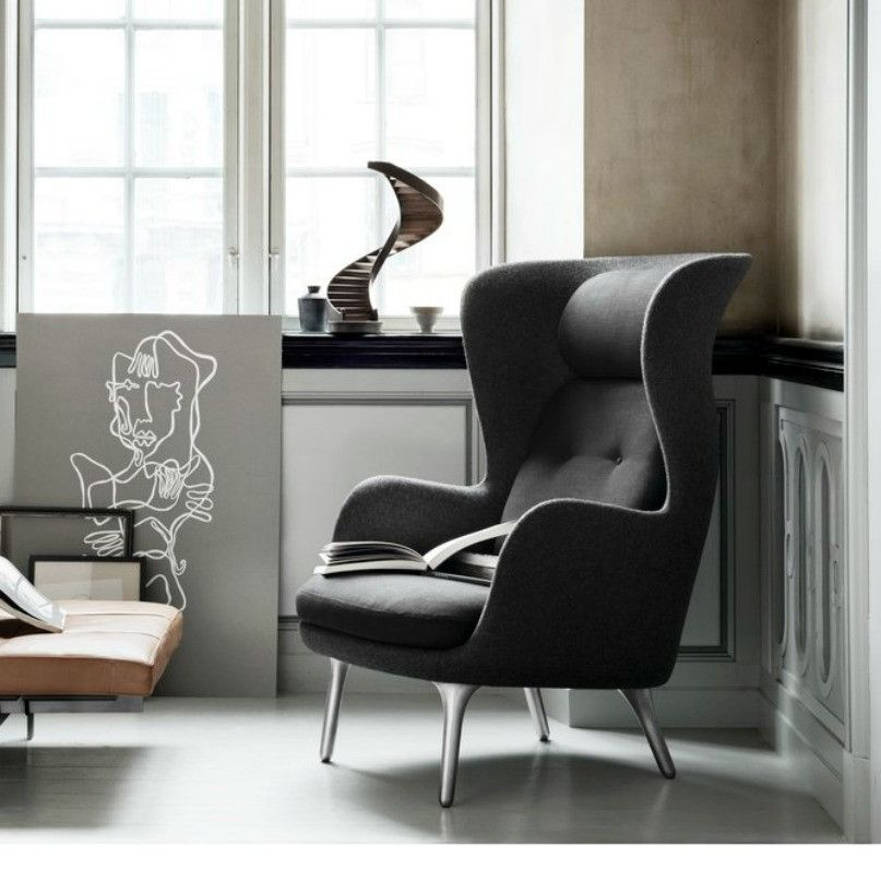 Jaime Hayon Ro Chair Dark Grey Fritz Hansen & Ro Chair by Jaime Hayon for Fritz Hansen | Fritz hansen Solid oak ...