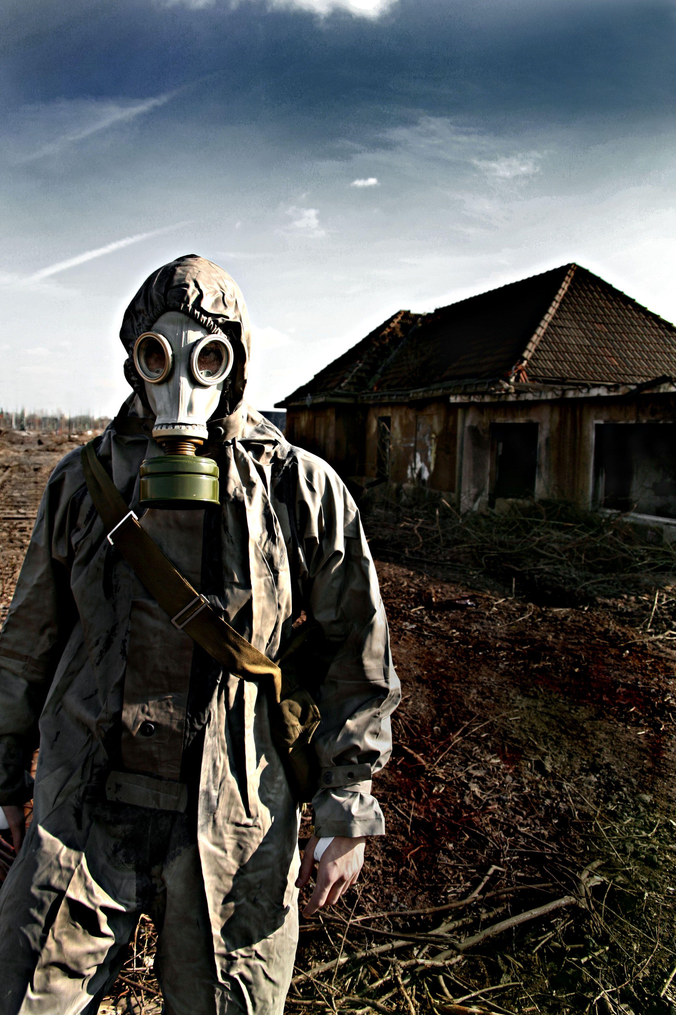 Gas Mask Family | WiNDoWS 2 THe SouL | Pinterest | Masking, Dark ...