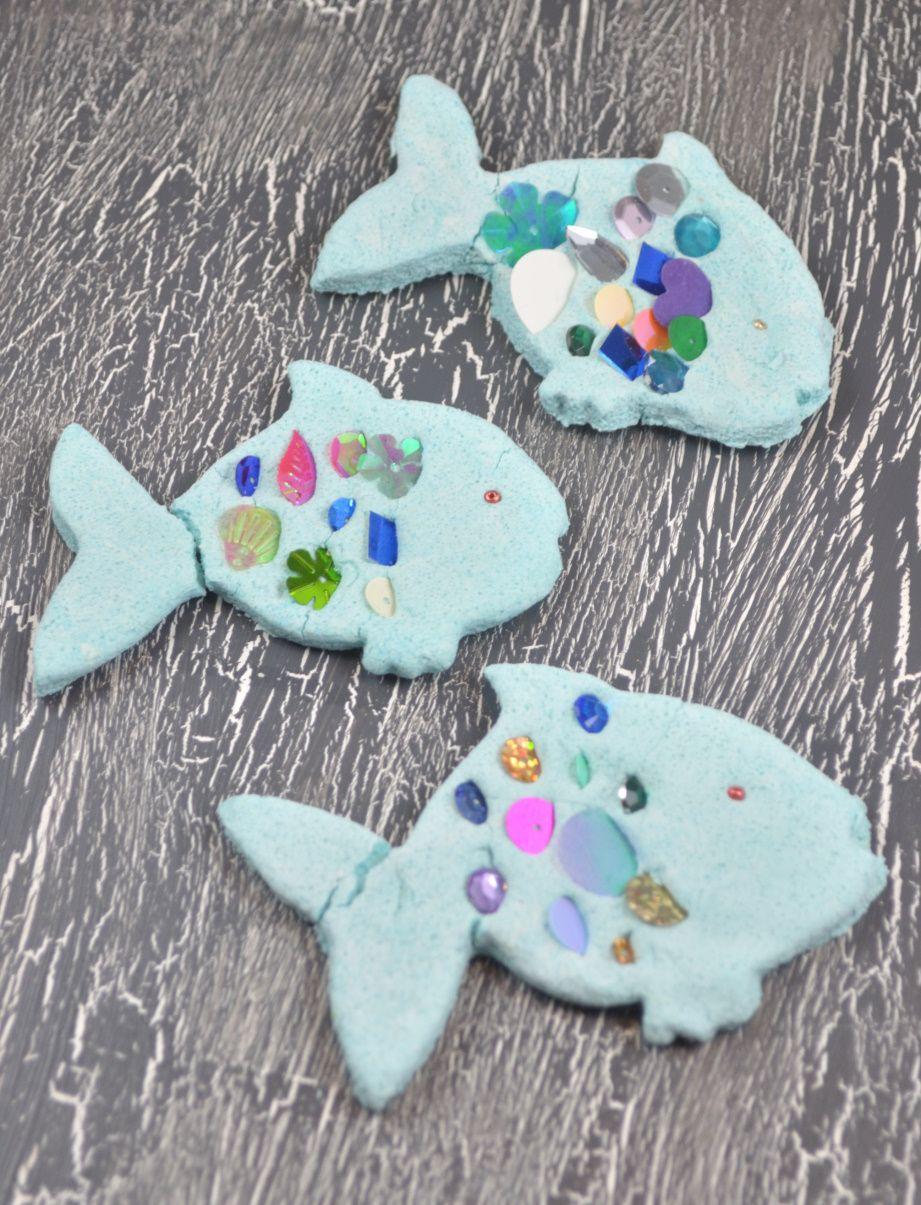 Der Regenbogenfisch Bunte Regenbogenfische Aus Salzteig Basteln