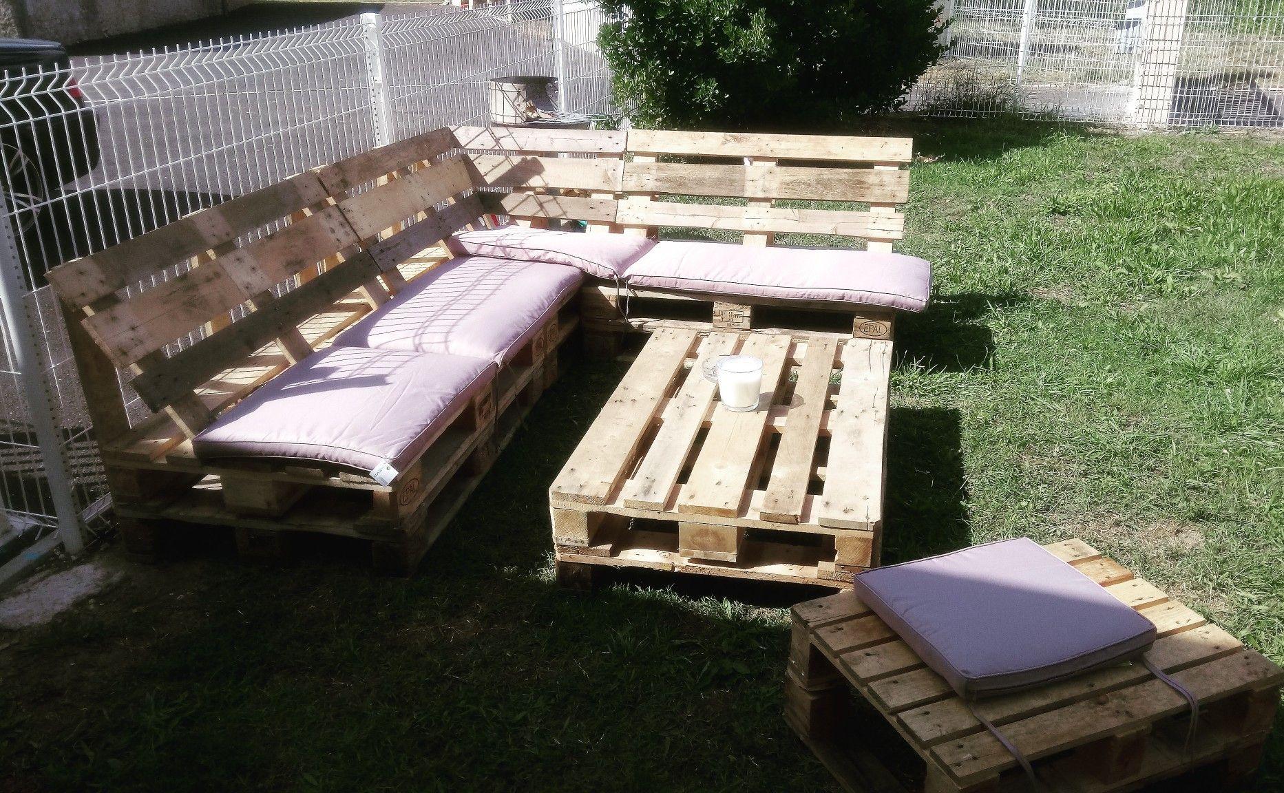 Salon de jardin avec des palettes 👌 😉  Salon de jardin, Idee