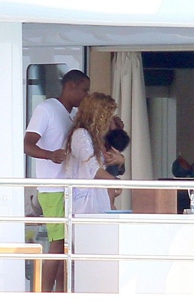 Beyonce Knowles Photos Photos - Jay-Z and Beyonce Knowles enjoy some private moments on board a luxury yacht with their daughter, Blue Ivy (b. January 7, 2012). - Jay-Z and Beyonce on a Yacht