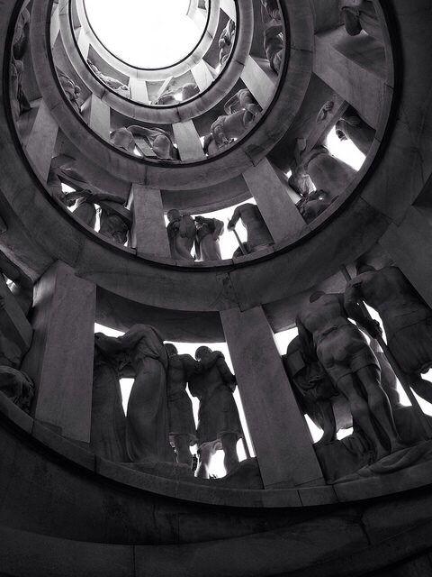 Foto van Milaan: Edicola Bernocchi ad opera di Castiglioni Monument Edicola Bernocchi  Milan