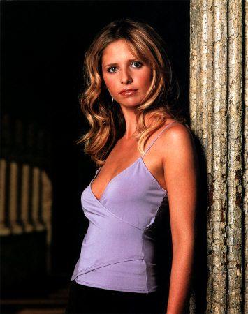 Buffy Summers | Buffy summers, Buffy the vampire slayer, 90s dress up