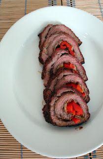 Culinária de Domingo: Lagarto recheado com pimentão assado e mussarela