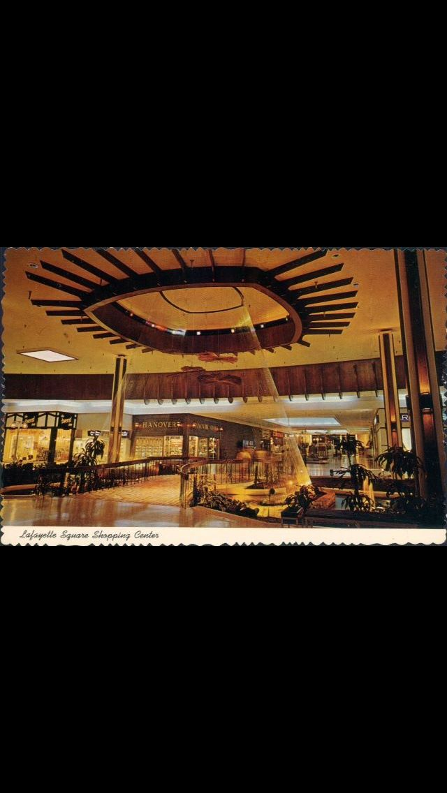 Lafayette Square Indy Back In The Late 60 S Or Early 70 S It Was A Fabulous Mall Indiana Travel Indianapolis Indiana