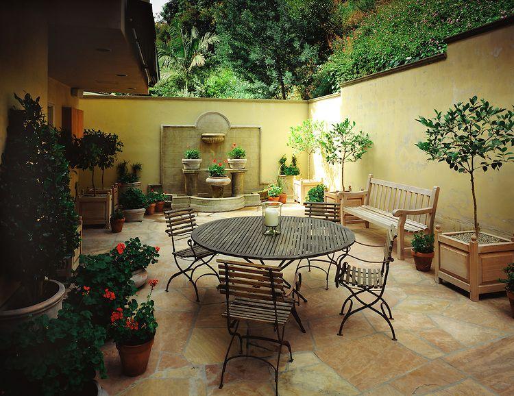 italian villa patio in Hollywood hills California – California Patio