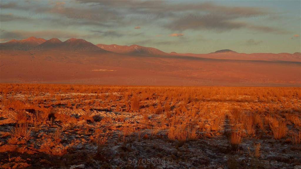 https://flic.kr/p/F3KQkd | #Chile #Atacama montañas rojas al atardecer | Red mountains at sunset°° #チリ #アタカマ :日没赤の山。