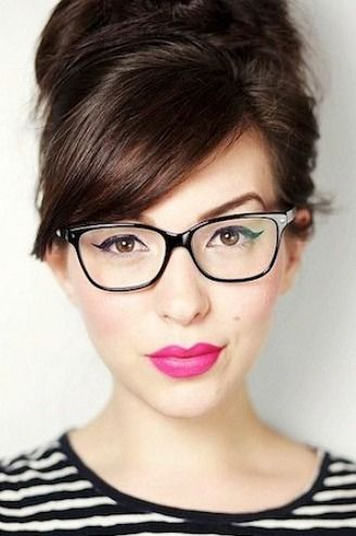 d234ad16cb9 Side-swept bangs with frame your face beautifully. Bangs And Glasses,  Hairstyles With