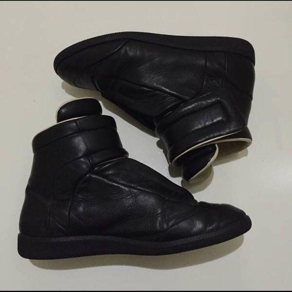 Black Leather Maison Martin Margielas 9/10 condition Maison Martin Margiela Shoes