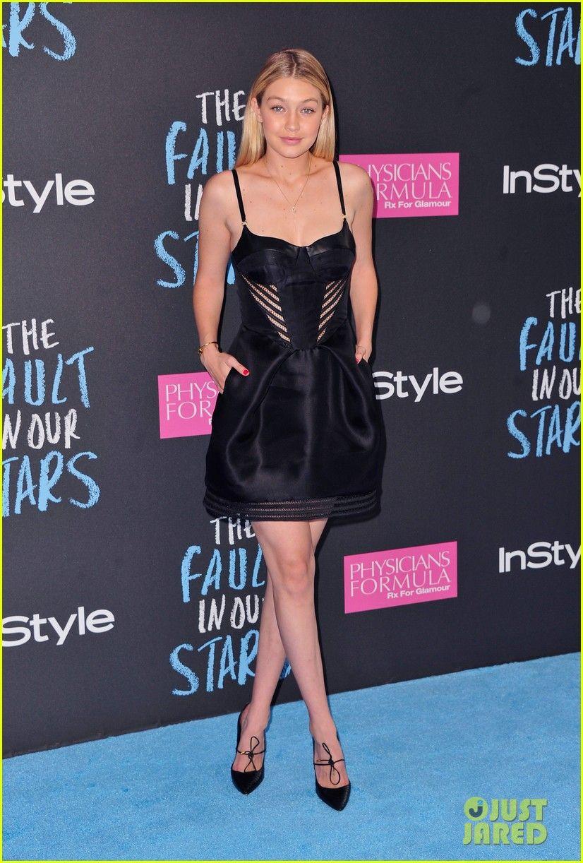 Gigi Hadid Dress Red Carpet Gigi Hadid Outfits Gigi Hadid Hadid Style [ 1222 x 826 Pixel ]