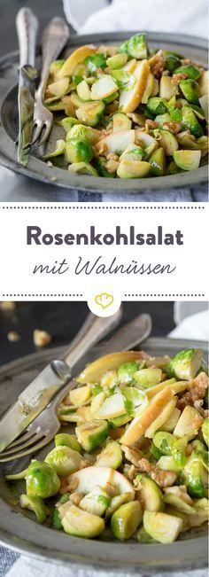 Rosenkohlsalat mit Äpfeln und kandierten Walnüssen