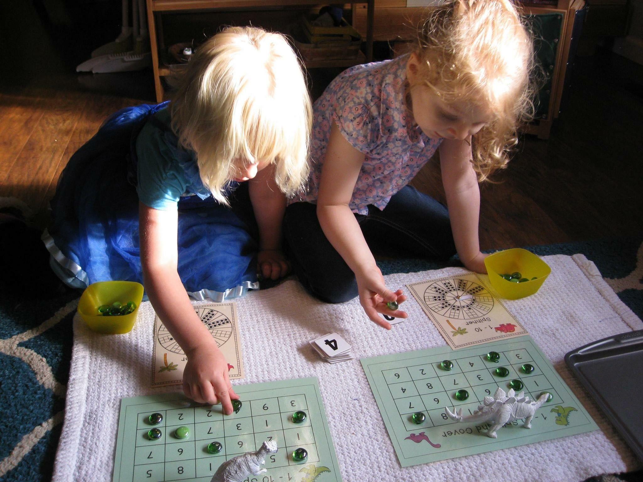 Mathematics Dinosaur spinners Items spinner game, dice