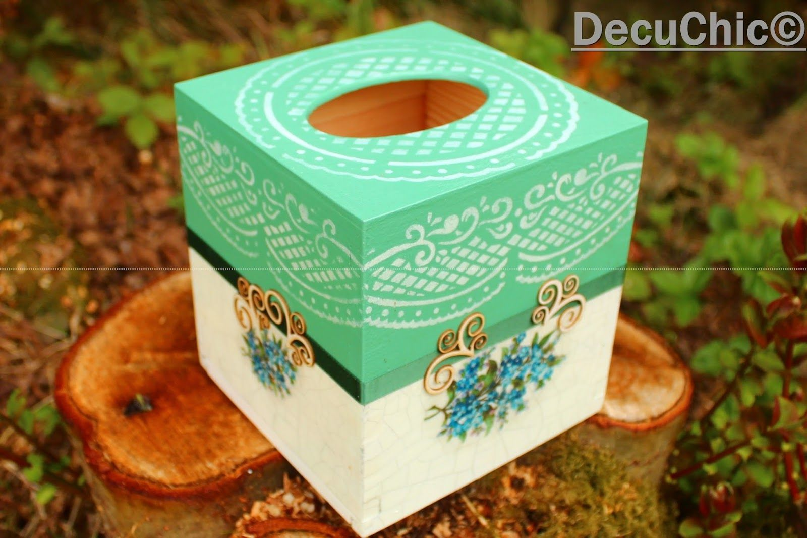 Peacock Paper Towel Holder Pin By Burçin Ersoy On Wood Painting Decoupage Ideas