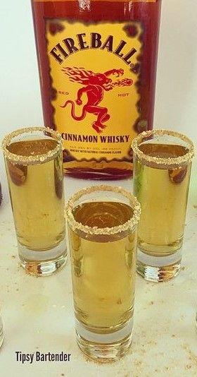 Apple Sauce shot | Drinks  | Drinks alcohol recipes, Drinks