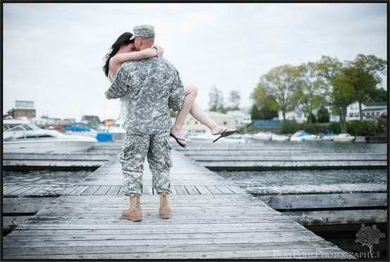 I want a picture like this with my military man!