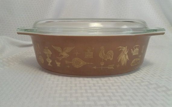 Pyrex 1.5 Quart Oval Casserole with Lid in Early by PenrodFarms, $20.00