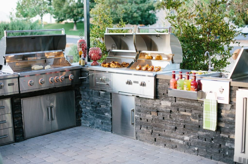 Coyote 36 S Series Grill 50 Hybrid Grill Double Access Doors Single Access Outdoor Kitchen Design Outdoor Kitchen Appliances Outdoor Kitchen Countertops