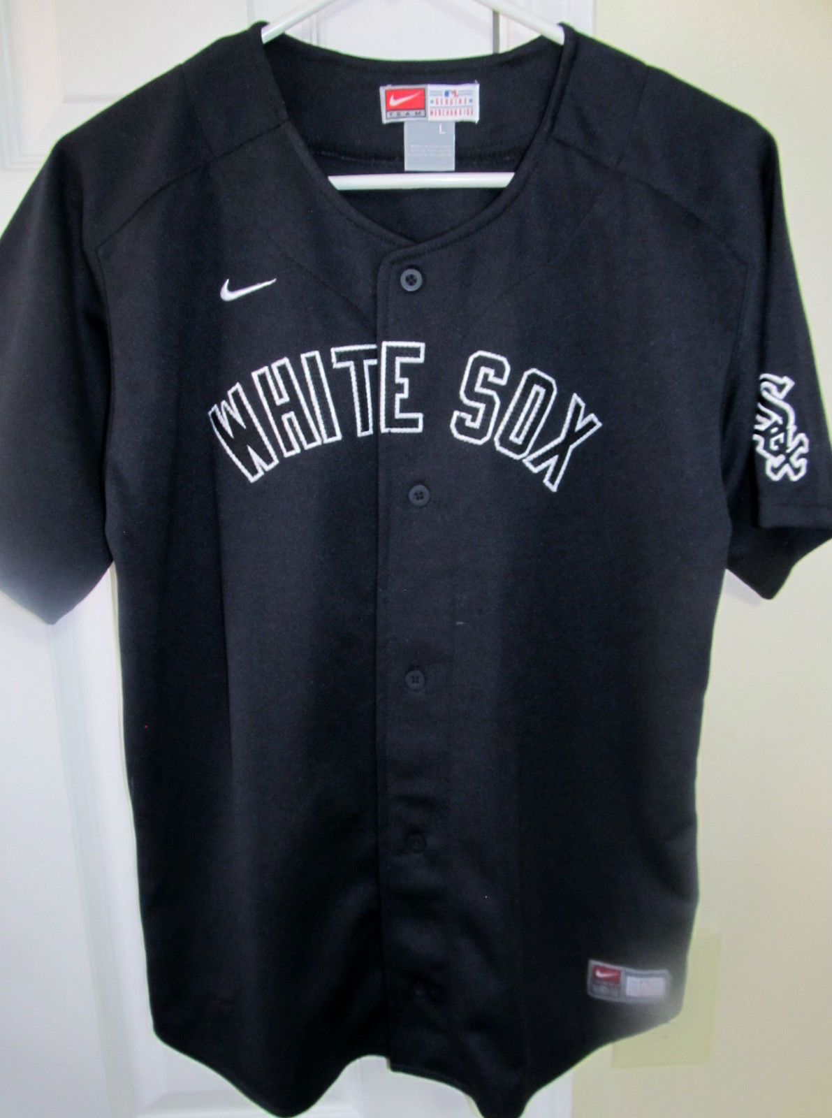 huge discount 5066b e1782 Nike Chicago White Sox jersey , youth large - Baseball-MLB ...