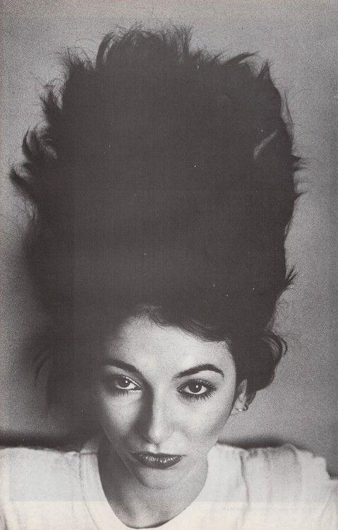 Kate Bush by Anton Corbijn, 1981. #AntonCorbijn #photography