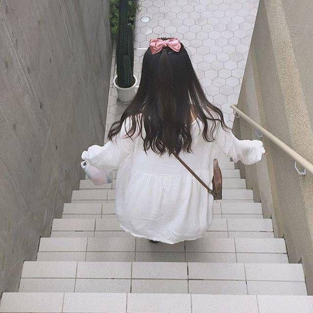 後ろ姿で恋されちゃう 進化した可愛すぎるリボンヘアアレンジをチェック オルチャンガール かわいい韓国の女の子 韓国ガール
