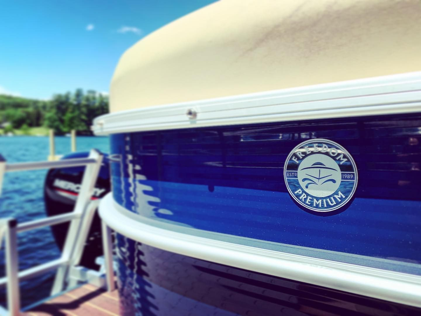 Loving This Special Touch From Godfreypontoons On Our Sweetwater Freedom Edition Tritoons Sweetwater Boat Photo