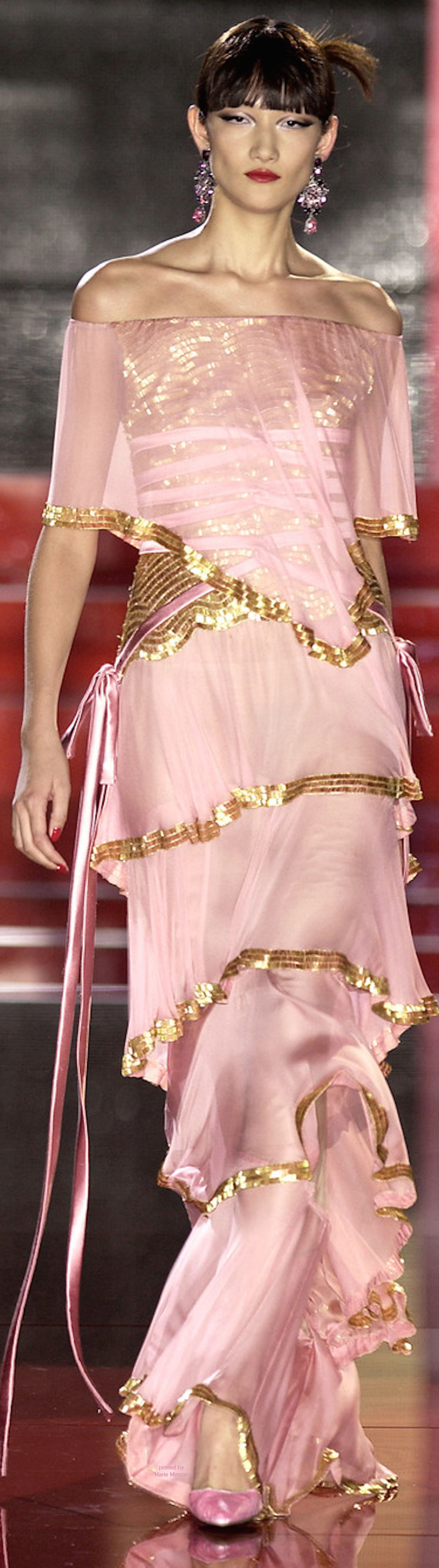 Valentino | Pink and Gold | Pinterest | Rosas, Alta costura y ...