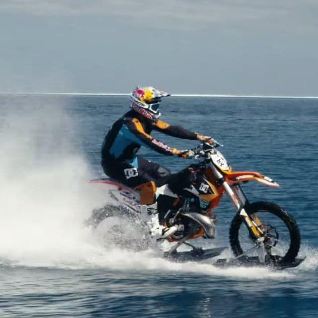 Dirt Bikes Videos >> Dirt Bike Surfing Video Stunts Dirt Bikes Motocross