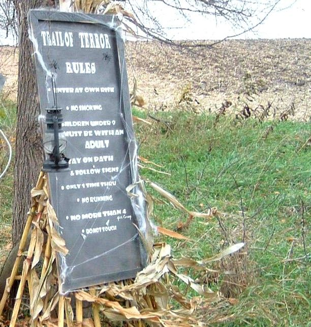 Pallet Halloween Props Haunted trail ideas, Haunted houses and