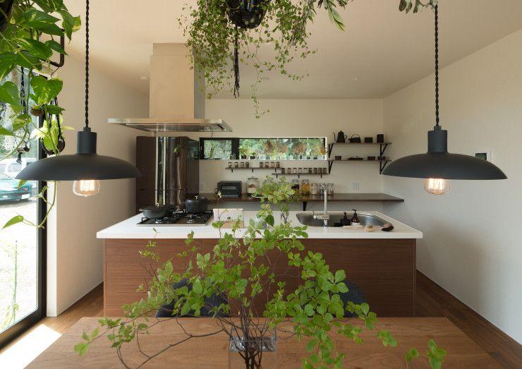 毎日 森の中でごはんをつくる気分 Tongarihouseさんのキッチンを探索 Lixil リクシル アレスタ 画像あり アレスタ インテリア リクシル キッチン ウォルナット