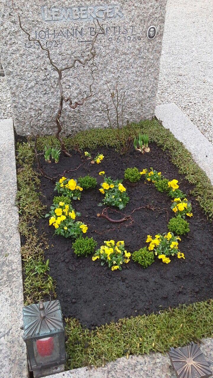 Grabgestaltung Frühjahr