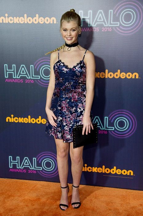 Nickelodeon S 2016 Halo Awards Red Carpet Roundup With Images