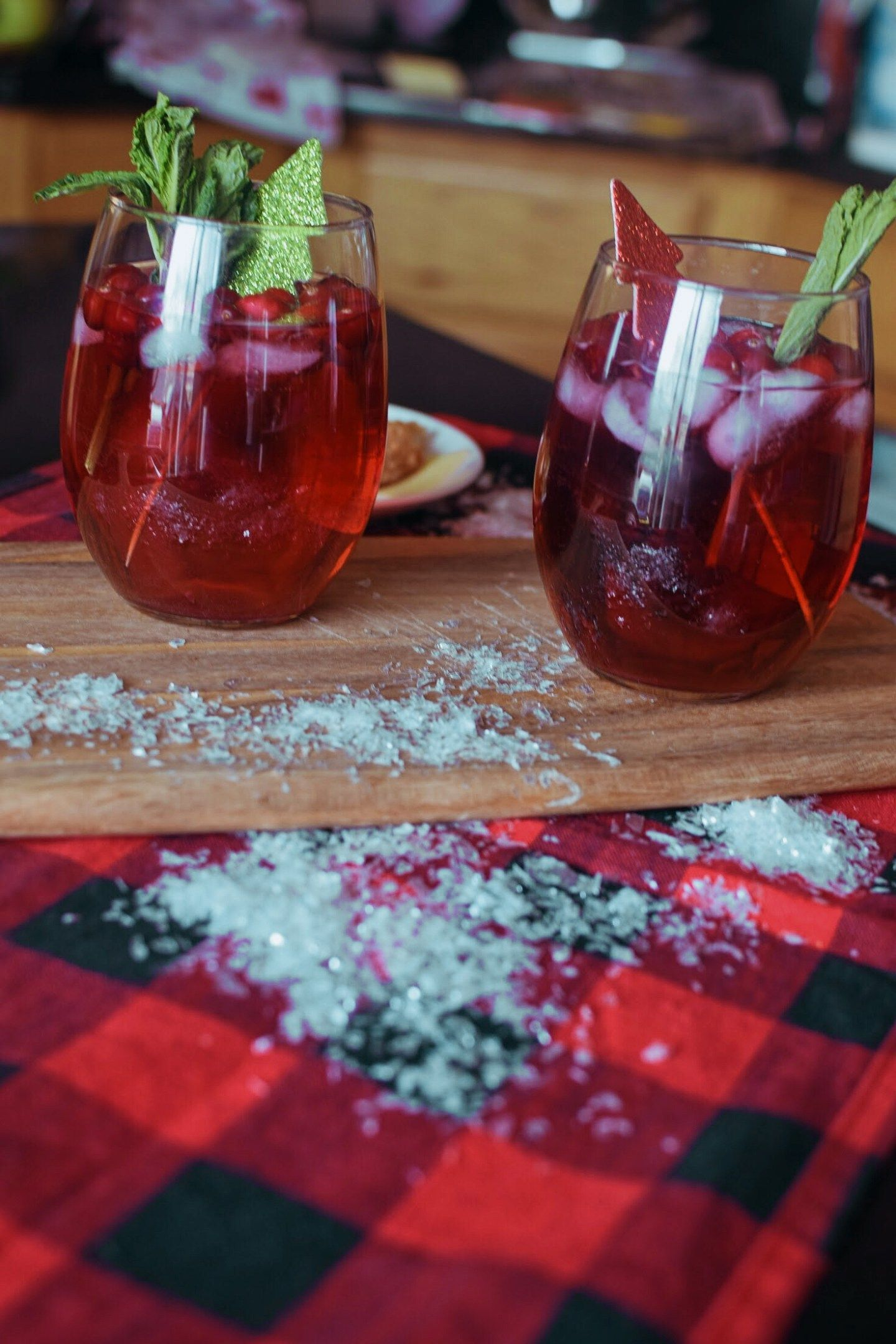 Easy Cranberry Red Wine Spritzer Recipe Red Wine Spritzer Wine Spritzer Cranberry Wine