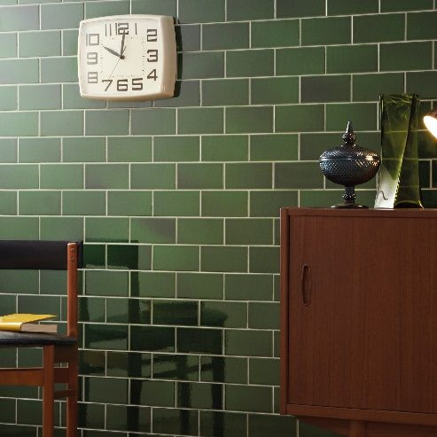 Victorian Brick Shaped Wall Tiles This Puddle Glazed Tile Shows Rich Variation And Depth Of Traditional Victorian Ceramics Visit Ti Maison Interieur Cuisine