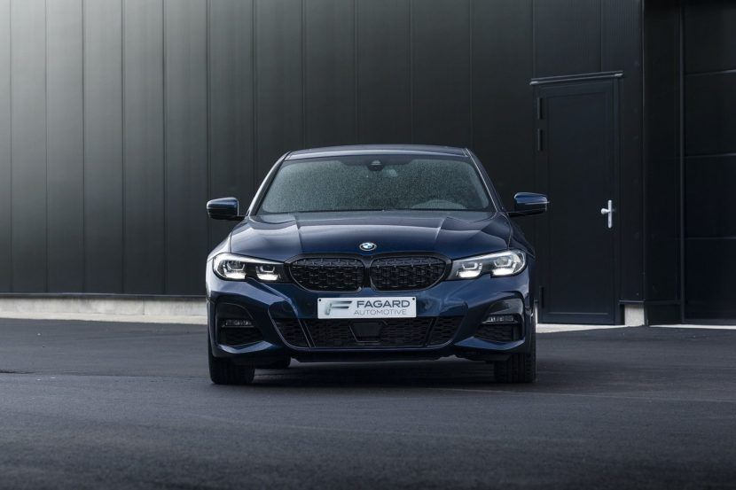 G20 Bmw 320d Gets A Mesh Grille And Tanzanite Blue Ii Metallic Paint In 2020 Bmw 320d Bmw Luxury Car Brands