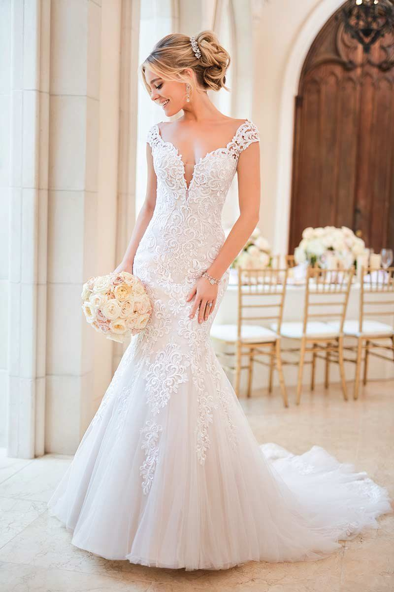 Fit And Flare Wedding Dress Lace Wedding Dress Style 6731 By Stella York Wedding Lace Mermaid Wedding Dress Ball Gowns Wedding Stella York Wedding Dress [ 1200 x 800 Pixel ]