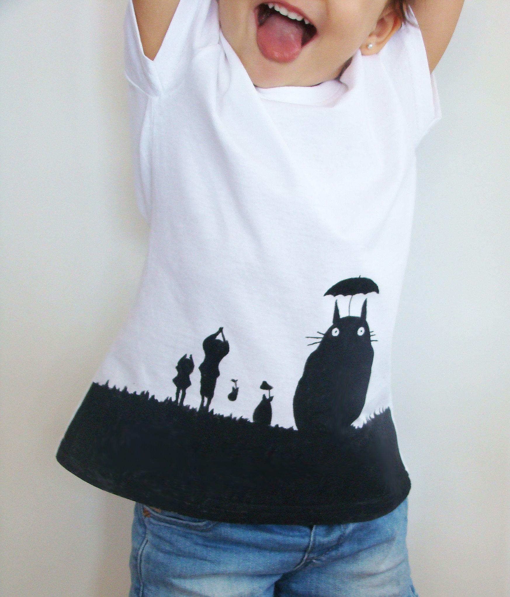 Mona gerarda diy camiseta con totoro pintada a mano - Plantillas para pintar camisetas ...